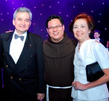 Randy Limjoco, Fr. Joel, Lita Ascalon