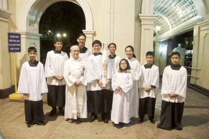 Easter Vigil Altar Servers